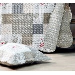COURTEPOINTE FLEURS   (dessus de lit)  et 2 taies - polyester  - Queen